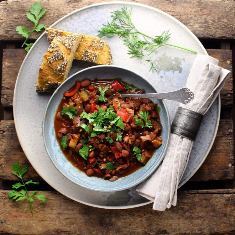 Chili sin carne eller Chilitouille - Plantebaseret / Vegansk opskrift - Mad med glød