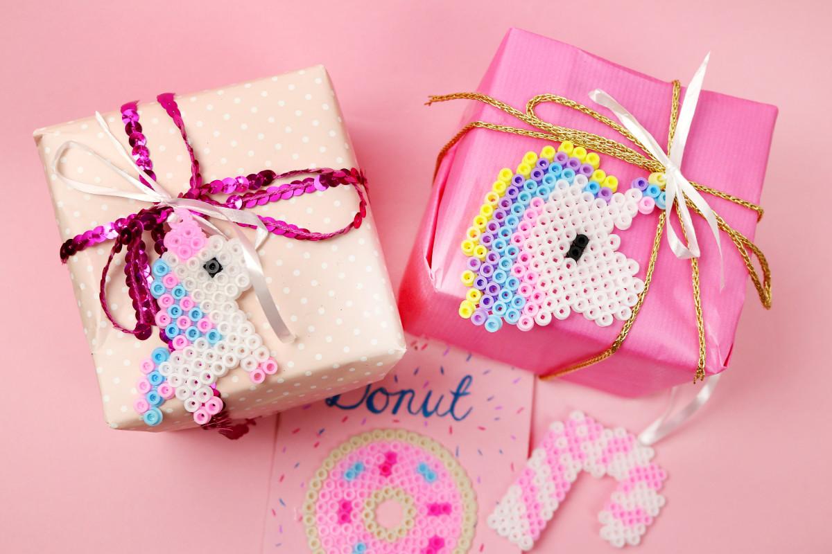 Geschenke kreativ verpacken fr Weihnachten Einhorn Ideen