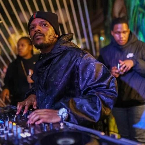 Kabza De Small & DJ Maphorisa – Msholozi ft. Young Stunna (Leak)
