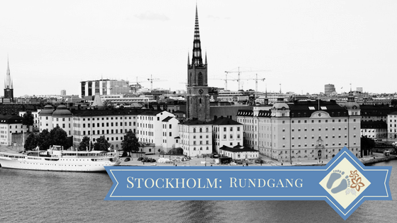 Blick vom »Monteliusvägen« auf »Riddarholmen« mit »Riddarholmskyrkan«