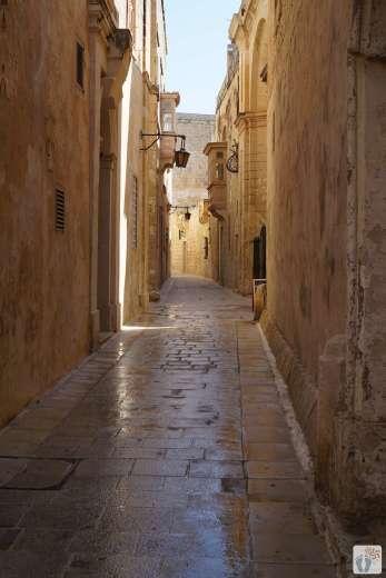 Reisetagebuch Malta: Tag 02: schmales Gässchen in «Mdina»
