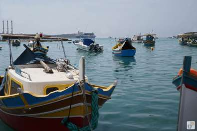 Fischerboote in der Bucht von «Marsaxlokk» {Reisetagebuch Malta: Tag 03}