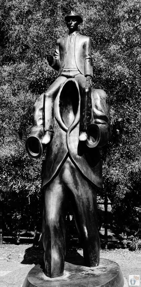 Denkmal «Franz Kafka» | schwarz-weiß-Fotografie {Reisetagebuch Prag}