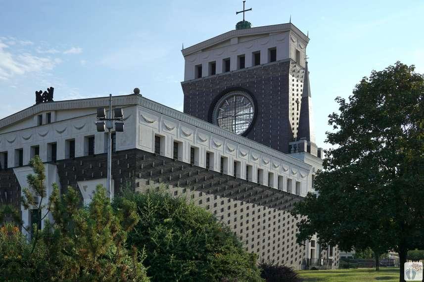 «Herz-Jesu-Kirche» - «Kostel Nejsvětějšího srdce Páně» {Reisetagebuch Prag}