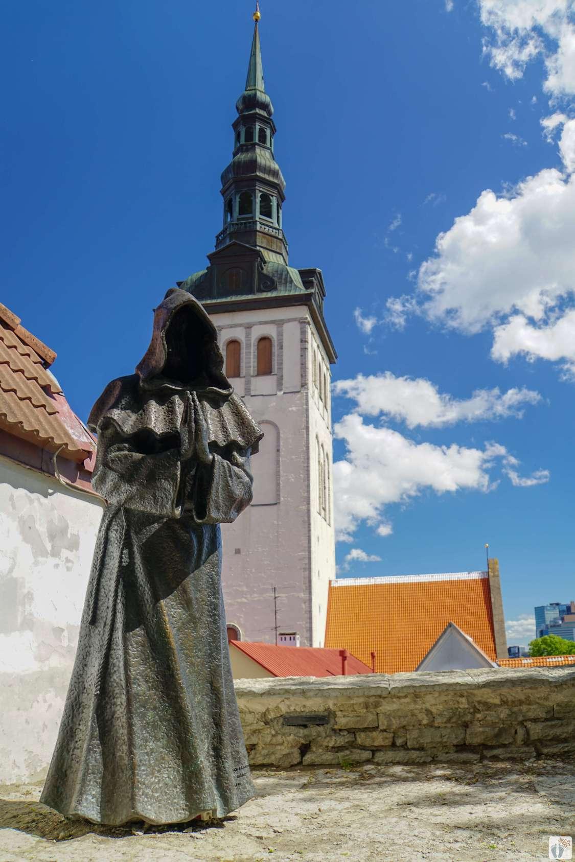 Blick auf die Nikolaikirche-Niguliste kirik vom Garten des dänischen Königs_Tallinn - Estland