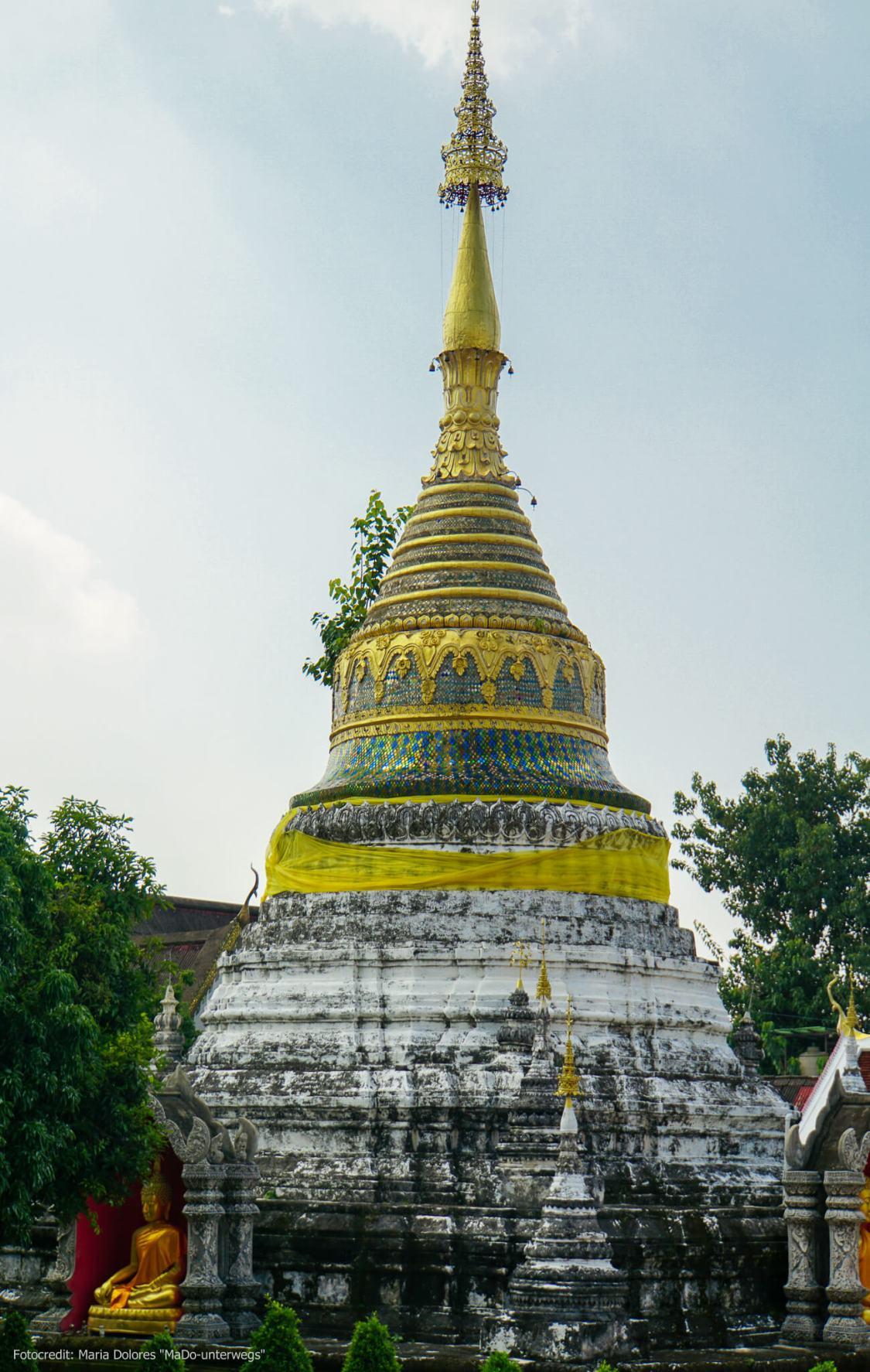 Wat Buppharam in Chiang Mai: Chedi im birmanischen Stil (Reisetagebuch «Thailand als Alleinreisende ohne Roller entdecken»)