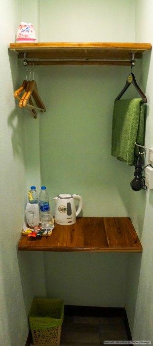Mango House in Sukhothai - Vorraum zum Badezimmer (Reisetagebuch «Thailand als Alleinreisende ohne Roller entdecken»)