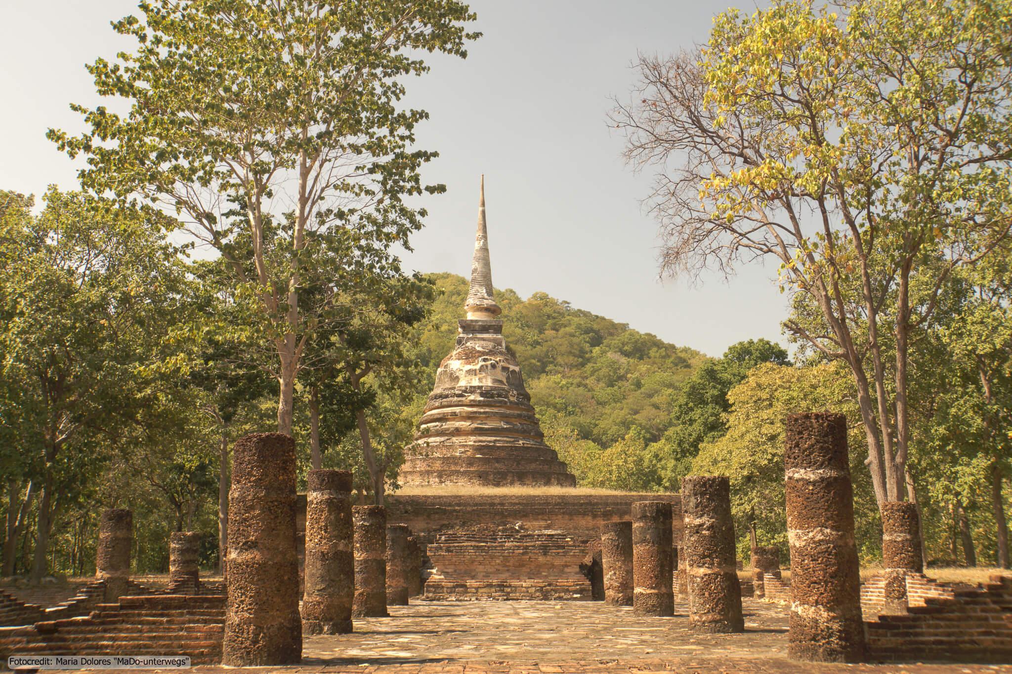 Wat Chedi Ngam im Sukhothai Historical Park (Reisetagebuch «Thailand als Alleinreisende ohne Roller entdecken»)