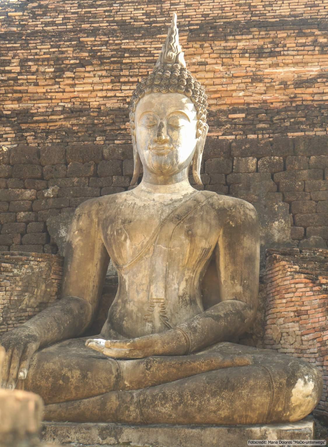 Wat Mahathat im Sukhothai Historical Park (Reisetagebuch «Thailand als Alleinreisende ohne Roller entdecken»)