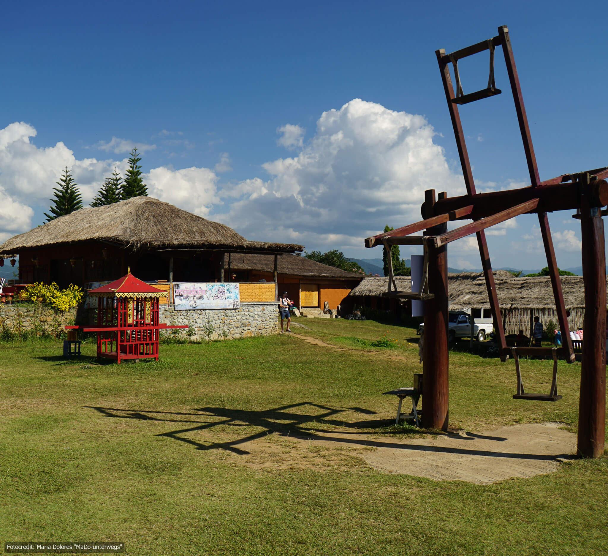 chinese village (chinesisches Dorf Santichon) in der Nähe von Pai (Reisetagebuch «Thailand als Alleinreisende ohne Roller entdecken»)
