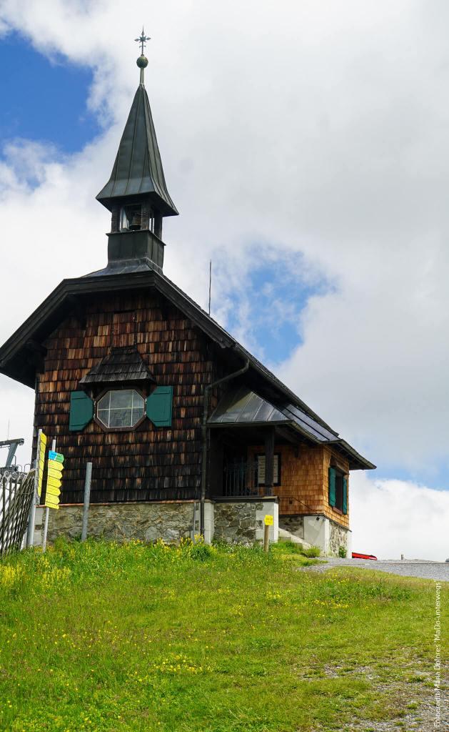 Elisabeth-Kapelle: Außenansicht_Schmittenhöhe_Zell am See [10 Tage Roadtrip Salzburg]
