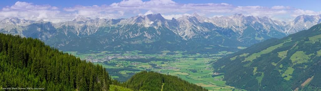 Panoramablick auf Saalbach und Hinterglemm_von der Schmittenhöhe_Zell am See [10 Tage Roadtrip Salzburg]