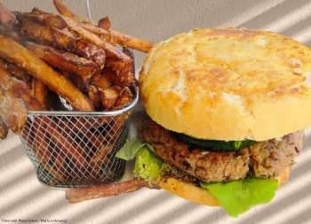 veganer Burger_Restaurant Mohrenwirt_Fuschl am See [10 Tage Roadtrip Salzburg]