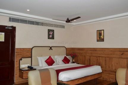 Hotel John - opposite to Madurai Bus Stand