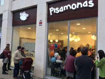 05557da1d Crónica  Inauguración de las nuevas tiendas de Pisamonas – Madresfera