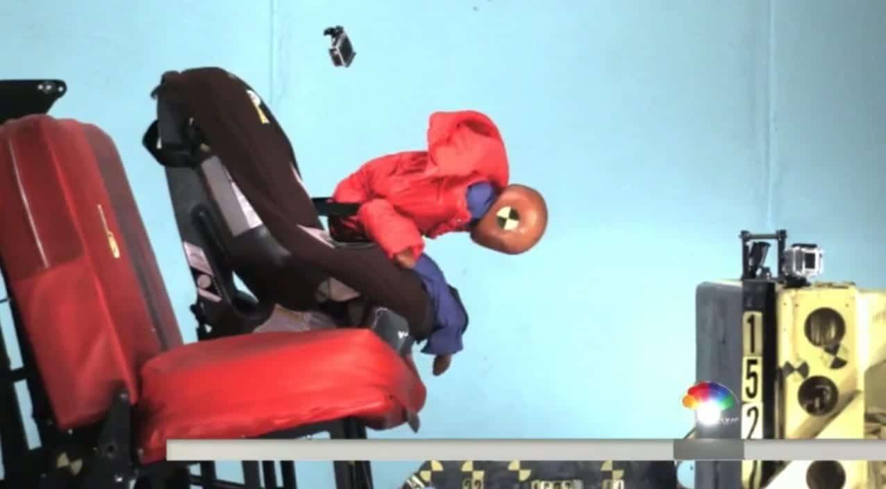 Por qu tus hijos deberan viajar en sillas a contramarcha