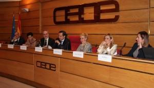 El Grupo de Trabajo 'Empresas Comprometidas con la Igualdad' reunido en la sede de CEOE.