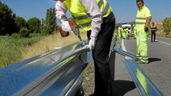 Comienza la instalación de barreras de protección para motoristas en las carreteras madrileñas