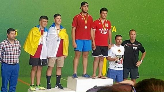 El getafense David Fernández se proclama Campeón de España de Frontenis escolar