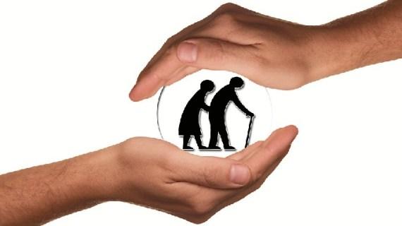 El programa 'Respiro Familiar' de fin de semana prestará apoyo a los cuidadores de personas mayores