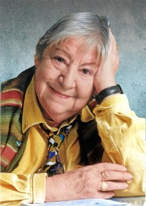Homenaje a Gloria Fuertes en el centenario de su nacimiento.