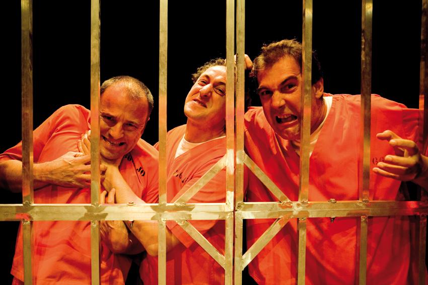 666 de YLLANA, en el Teatro Alfil