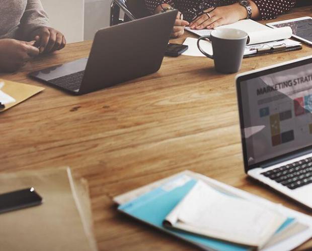 Imagen artículo profesionales para desarrollar una web