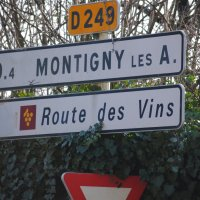 The road to Montigny