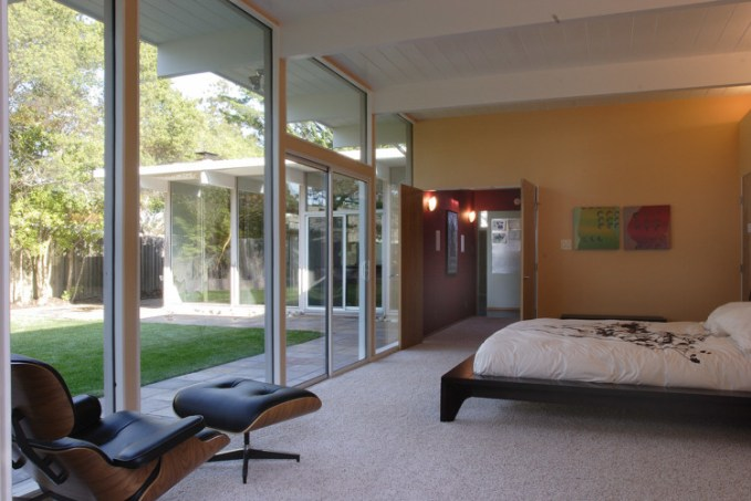H-Plan Eichler Extension. Photo: Michael O'Callahan