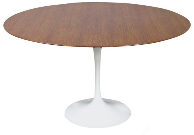 "Eero Saarinen ""Tulip"" Dining Table by Knoll, circa 1960."