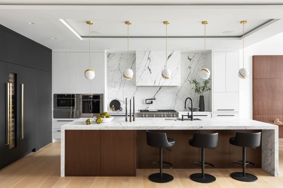 Madeleine Design Group Ocean Bluff Kitchen