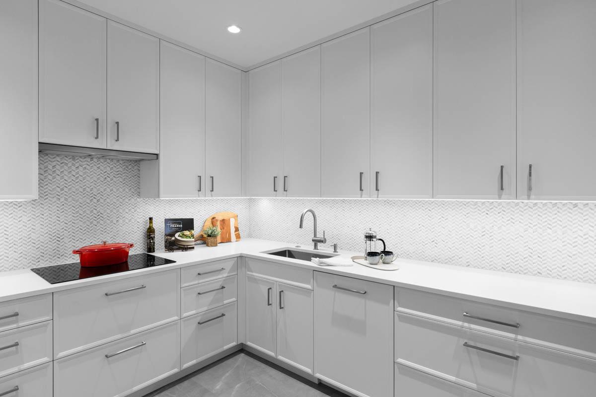 Madeleine Design Group Ocean Bluff Prep Kitchen