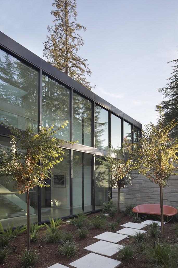 John Lum Architecture courtyard