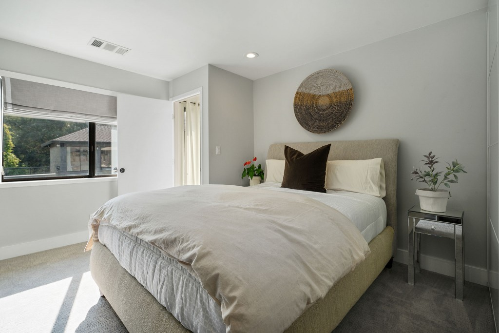Studio SHK NEW In-Law Suite Bed