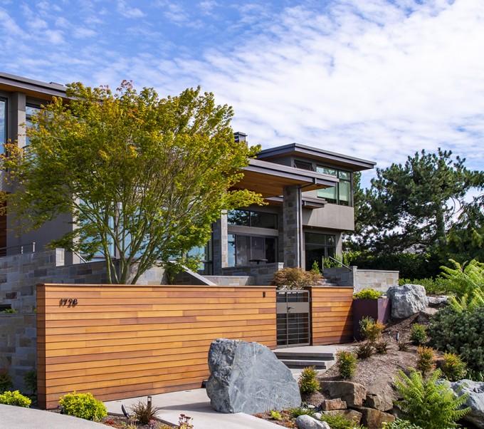 Baylis Architects front yard