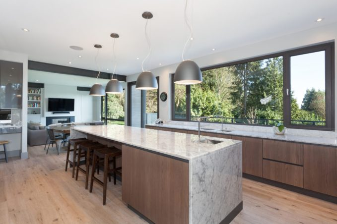 530 Eastcot Rd_Kitchen