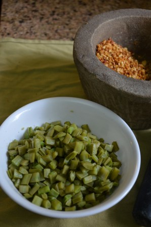 steamed cluster beans