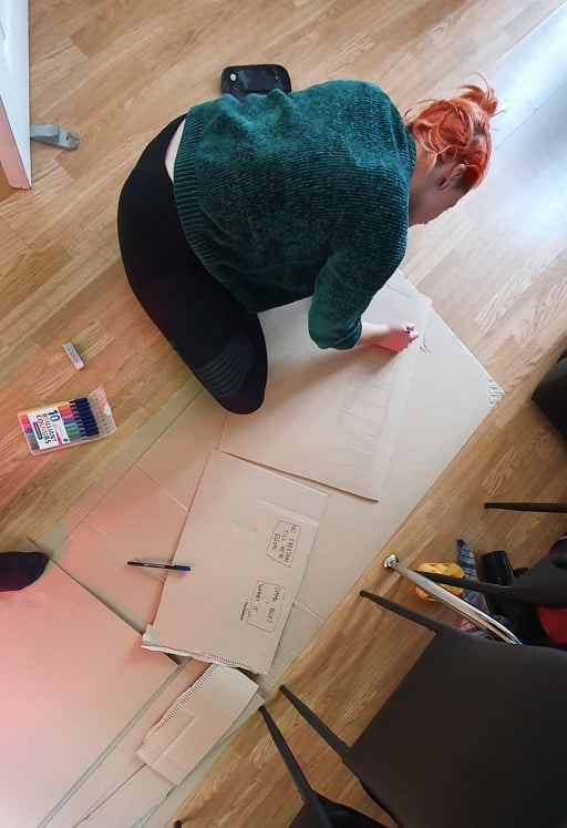 Mae Challis my friend Becki making a sign