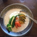 【立川】30年続く老舗カフェ「コーヒーとカレーのお店 あちゃ」 野菜カレーを食べてきた。