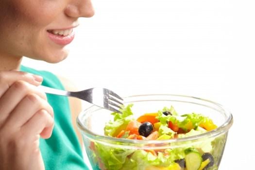 中高年の女性は脂質異常に注意