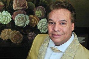 Juan Gabriel, Divo de Juarez