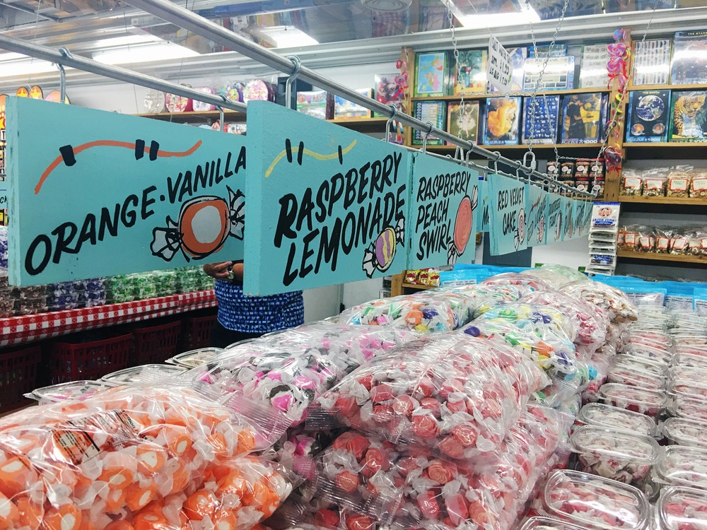 Trip to Minnesota's Largest Candy Store 3
