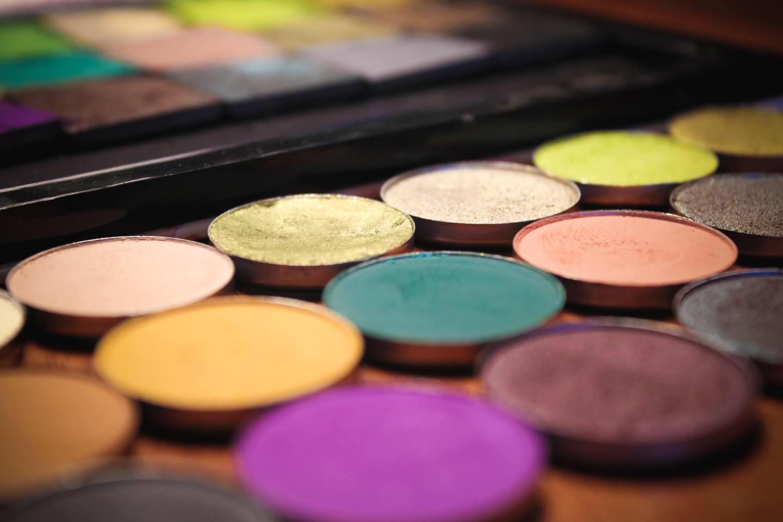 Can We Dupe it? Jeffree Star Cosmetics Alien Palette 1