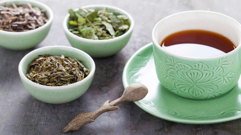 Chá para bebês e mães que amamentam