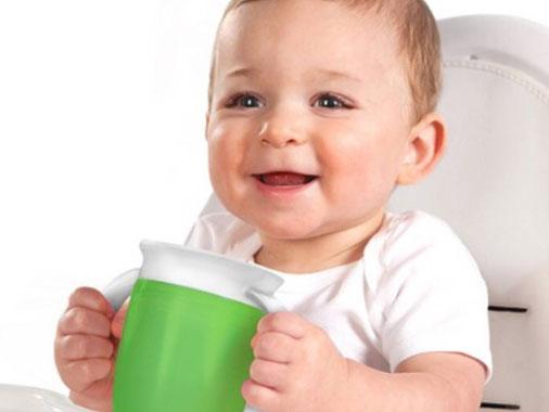 Copo de transição: quais os melhores para o bebê