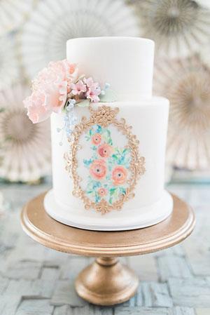 bolo de batizado com papel de arroz