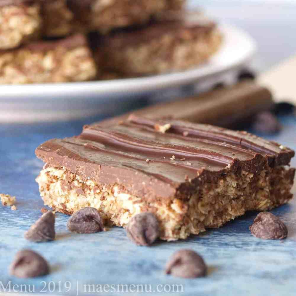 Plate of healthy no-bake oatmeal chocolate bars.
