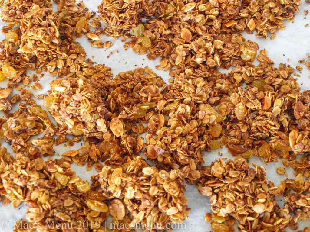 Clusters of crunchy termic granola.