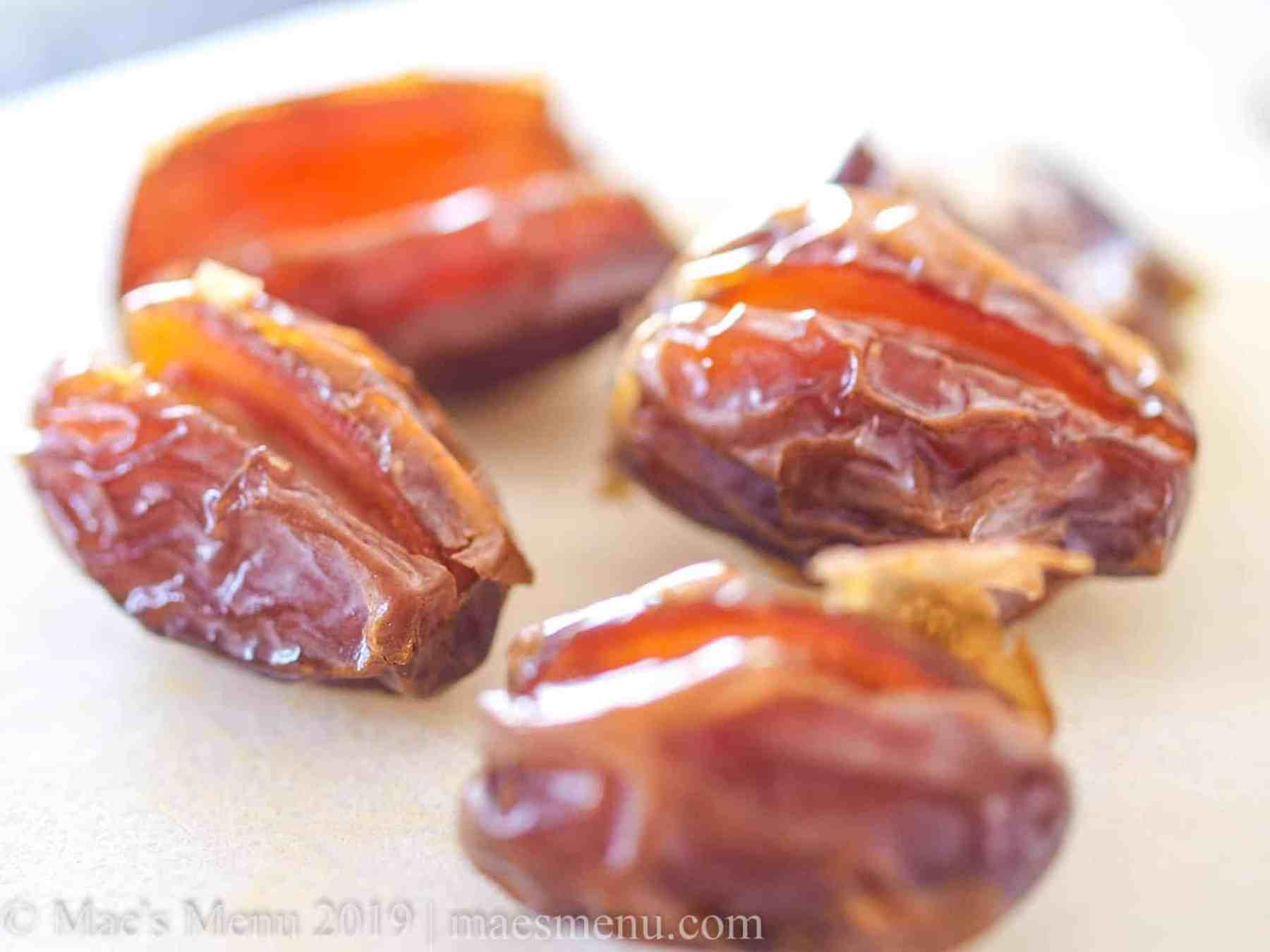 Up-close of medjool dates.