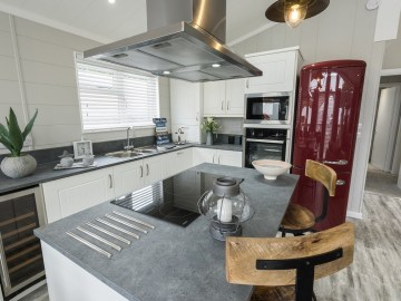 Country Lodge - Open Plan Kitchen - Tingdene Lodges